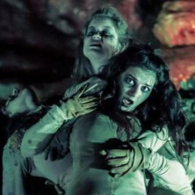scena di Hell in the Cave