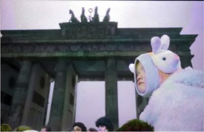 immagine guida mostra Berlin, Brandenburger Tor 1989
